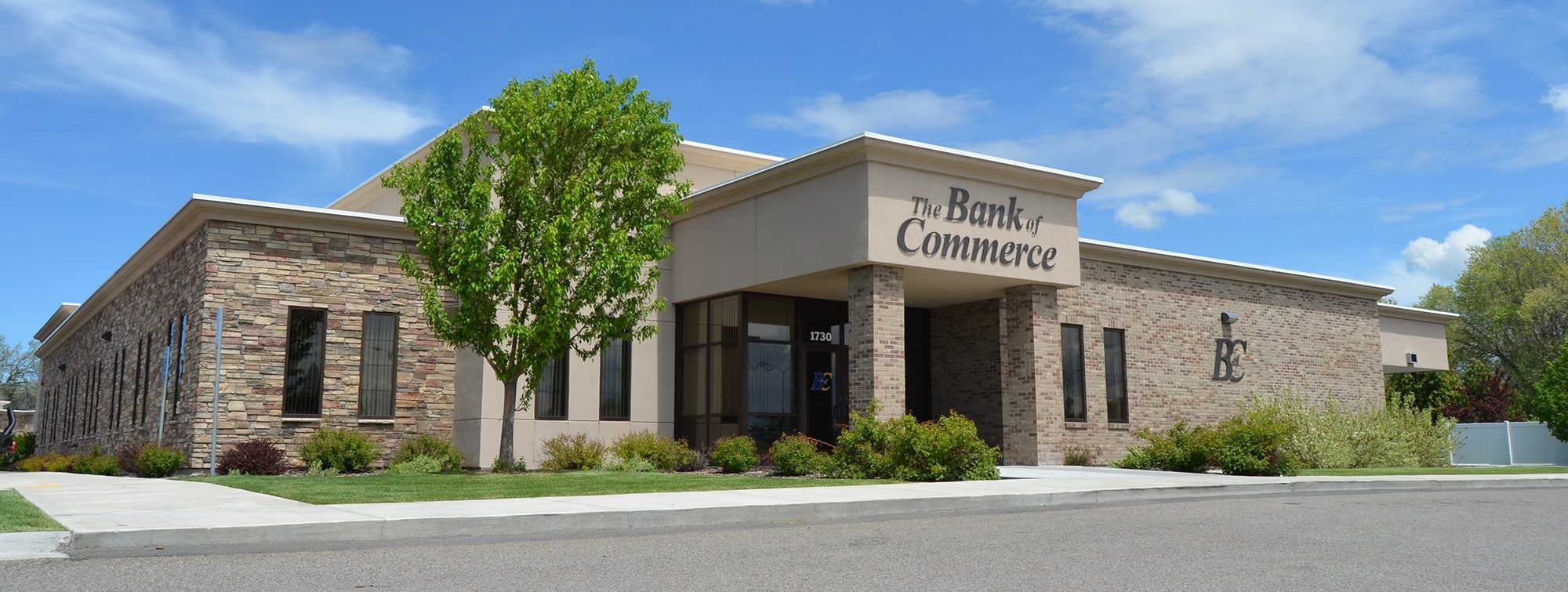 bank-of-commerce-broadway-branch-idaho-falls-e1463515816311
